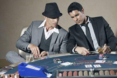 Cómo vestirse para ir al casino: 5 consejos para ir a un torneo de póker