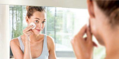 Geles limpiadores faciales